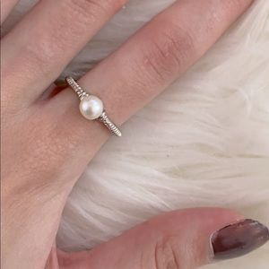 NWOT silver dainty pearl ring